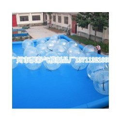广州充气水上步行球租赁价格深圳充气皮筏艇充气跷跷板